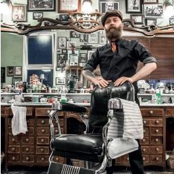 Panasonic invite les poilus à se faire tailler la barbe !