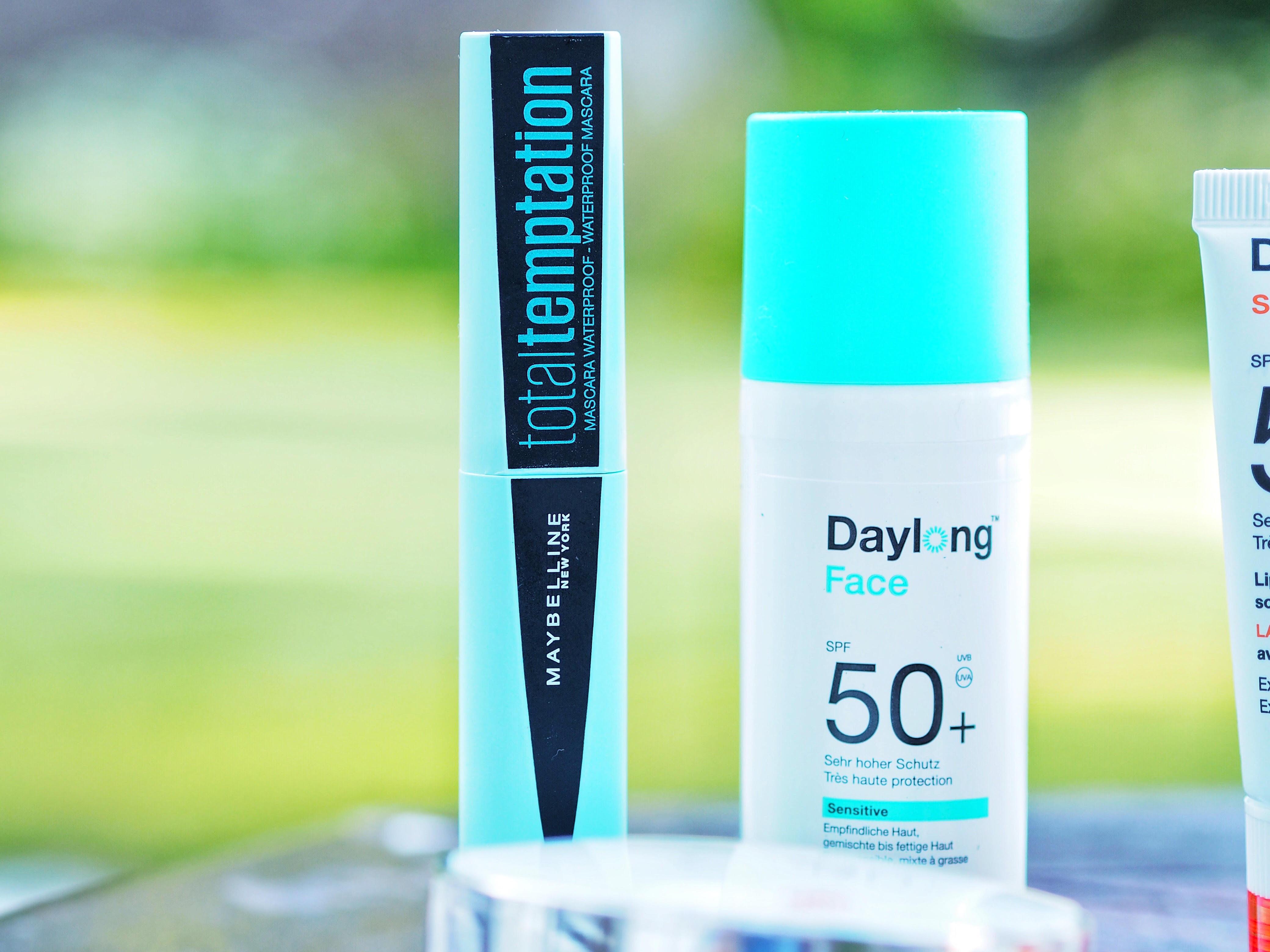 mascara waterproof total temptation maybelline