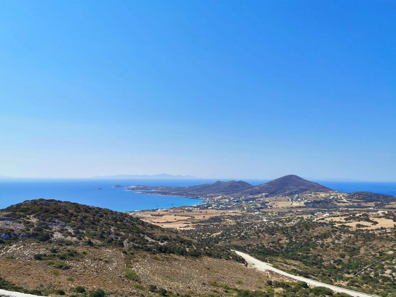 Vue depuis la grotte Antiparos
