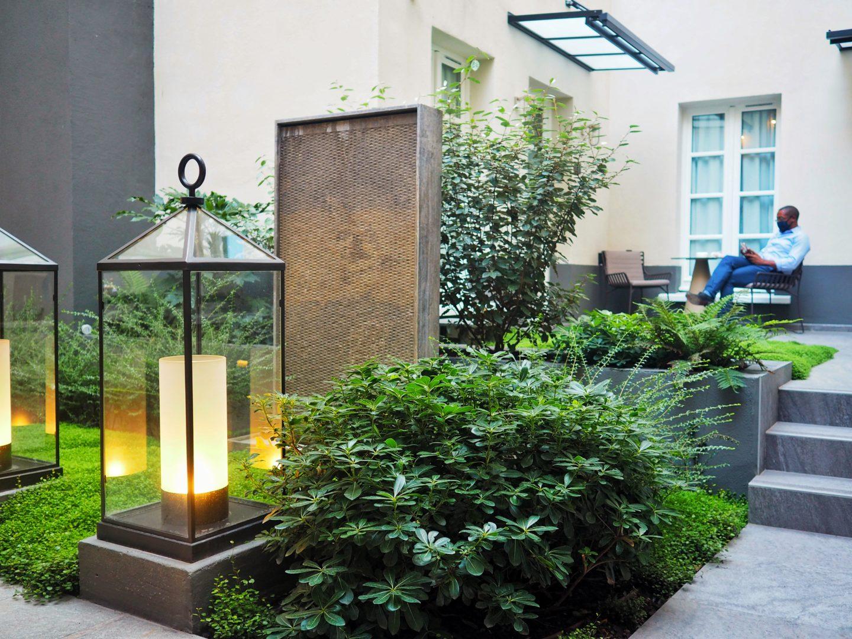 jardin interieur la lanterne
