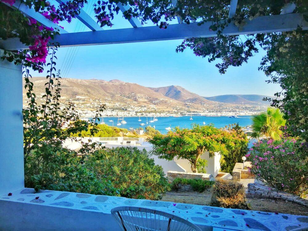 Terrasse privée chambre triple Akrotiri hotel paros